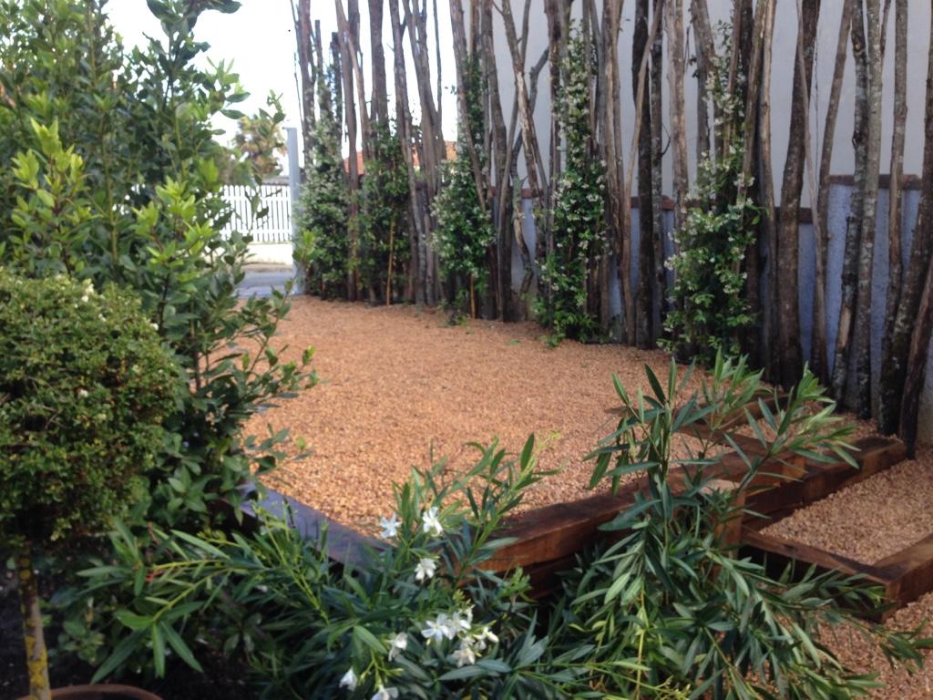 Conception d 39 un jardin sur arcachon ducos paysages for Conception jardin